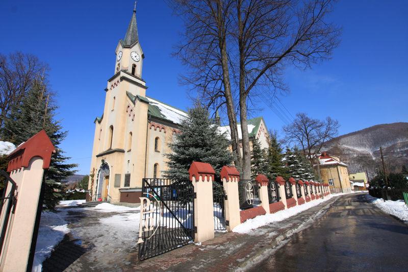 Okolica - Kościół